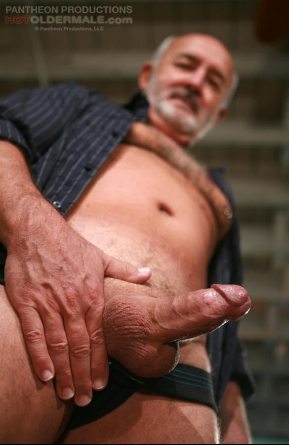 Jacking off and cumming loud gay starting 1