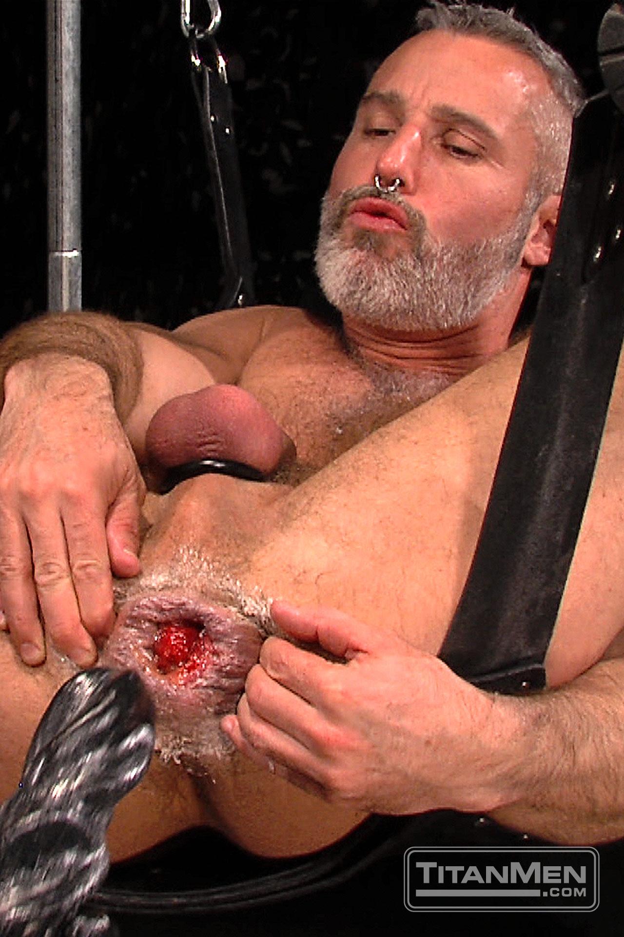 Big Dick Gay Fisting And Facial